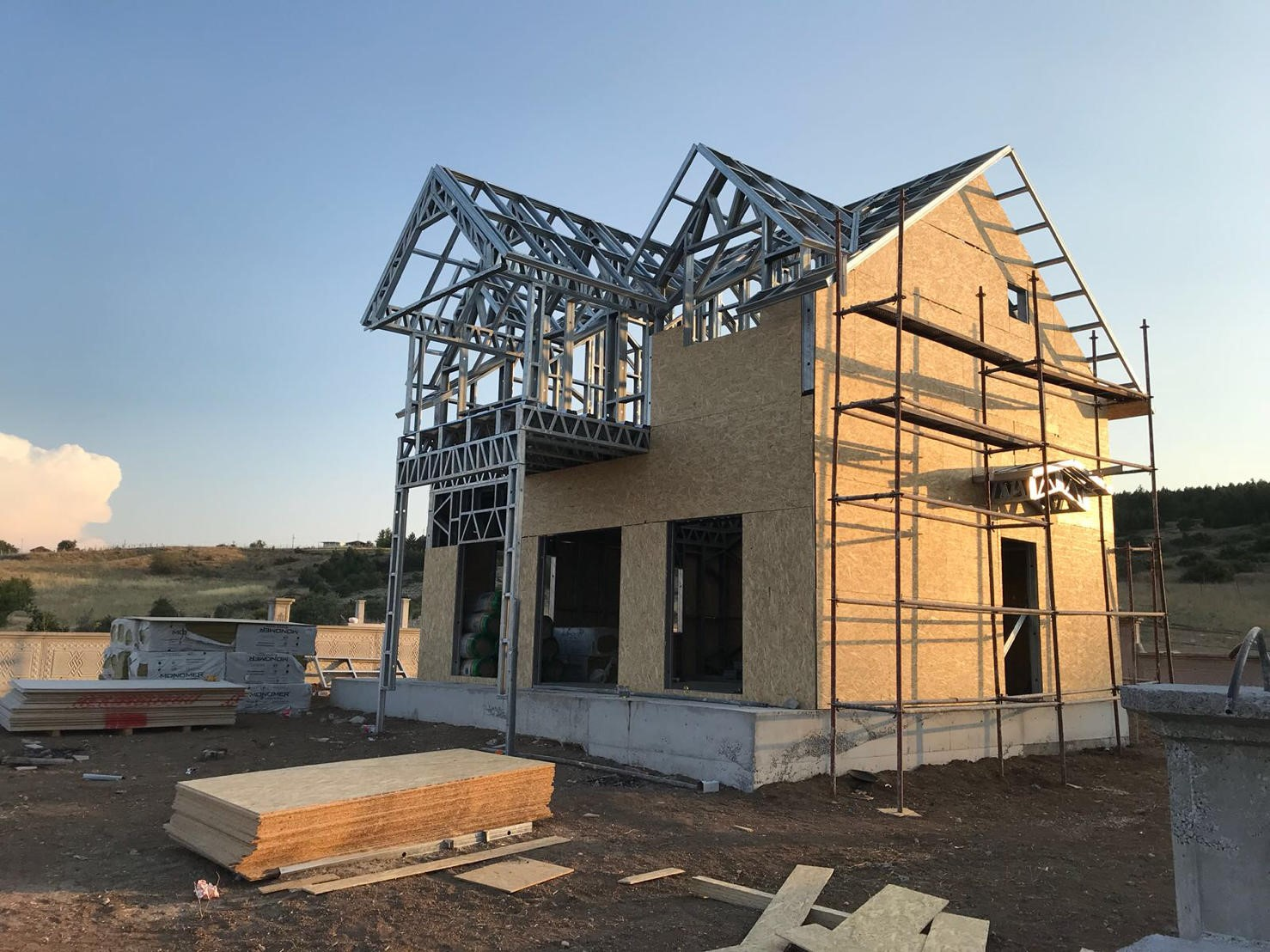 light gauge steel framing  house 3.jpg